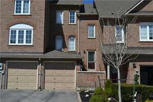 Gorgeous 4Broom/4Wroom T/House In Woodbridge/Maple-RENT $2000