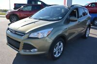 2014 Ford Escape SE AWD HEATED SEATS Special - Was $21995 $117 b
