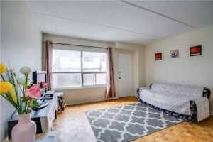 Fully Renovated, Bright Condo Townhouse For Sale @ Mississauga