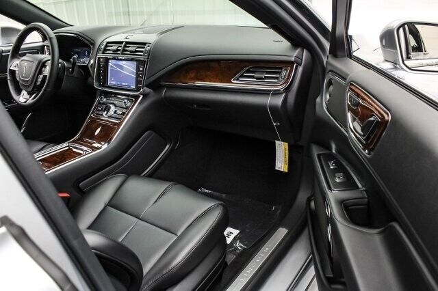 Image 23 Voiture American used Lincoln Continental 2020