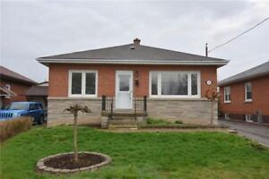 FIRST TIMER,INVESTORS 3+2 BEDROOM RENOVATED BUNGALOW FOR SALE