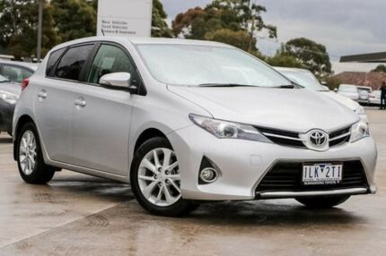 2014 Toyota Corolla Silver Constant Variable Hatchback