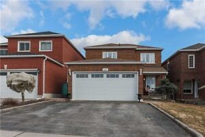 Perfect Home For A Family In Orangeville!