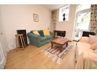 Well-presented, 2-bedroom, main door flat in central location - available in May 2021!