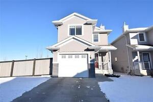NEW LISTING! FREE Standing Towhome, 2 Masters,Fenced Treed Yard!
