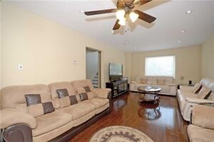 Stunning 3 B/R Condo t/House With Fin Bsm At Bovaird/Mackay