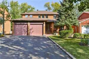 Detached House for Sale in Vaughan at Dorian Pl