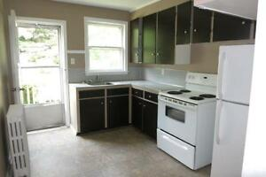 15-071 Quiet flat in West End Halifax. Heat and Water included!