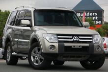 2007 Mitsubishi Pajero NS VR-X Gold 5 Speed Manual Wagon Springwood Logan Area Preview