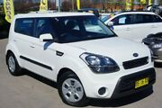 2012 Kia Soul AM MY12 White 6 Speed Automatic Hatchback Pearce Woden Valley Preview