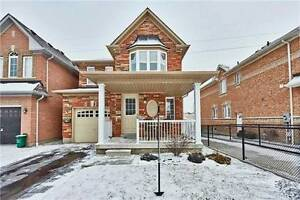 BEAUTIFUL 2-STOREY 3 BEDROOM FAMILY HOME FOR RENT!