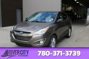 2013 Hyundai Tucson AWD PREMIUM Heated Seats,  Panoramic Roof,