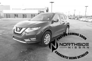 2018 Nissan Rogue AWD SV Accident Free,  Panoramic Roof,  Back-u