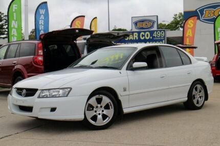 2005 Holden Commodore VZ Lumina White 4 Speed Automatic Sedan Greenslopes Brisbane South West Preview