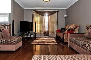 3 Bed+1 Rec+2.5 bath in available in Kenmount from Jan 1