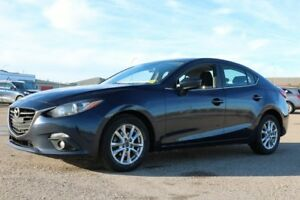 2015 Mazda Mazda3 GS SUNROOF Accident Free,  Heated Seats,  Sunr