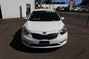 2014 Kia Cerato YD MY14 S White 6 Speed Sports Automatic Hatchback