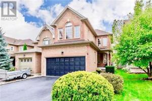 5 NORTHLAND AVE Whitby, Ontario