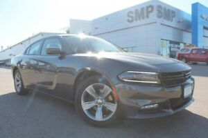 2016 Dodge Charger SXT 3.6L V6 - Sunroof, Nav, Remote Start