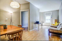 1 LARGE room available on London/George St. in a 4 bedroom house