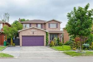 Awesome 4+1 Bedroom Detached Home