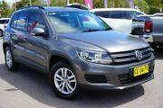2012 Volkswagen Tiguan 5N MY12.5 118TSI 2WD Grey 6 Speed Manual Wagon Phillip Woden Valley Preview
