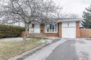 4+1 Bedroom Detached House,Harwood Ave S/Clements Rd W, Ajax