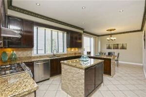 GORGEOUS 5+2Bedroom Detached House @ BRAMPTON $1,249,200 ONLY