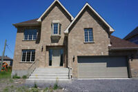 Beautiful Home in Vaudreuil for Rent!