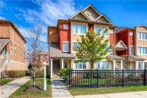 1700Sf Churchill Meadows Townhouse 3Br+Den & 2 Prkng Spaces
