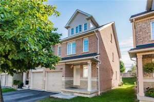 3 Floors,Close To 2,000 Sf, Large Backyard Townhome