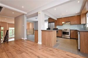 Fabulous Townhouse in Richmond Hill for Short Term Rental