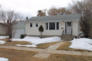 Perfect Starter Home Located in Hafford