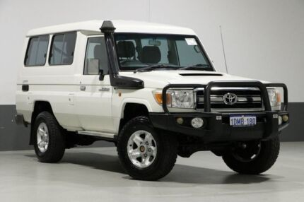 2010 Toyota Landcruiser VDJ78R 09 Upgrade GXL (4x4) White 5 Speed Manual TroopCarrier Bentley Canning Area Preview