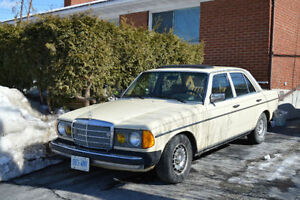 CLASSIC - Mercedes-Benz 300D Turbo Diesel
