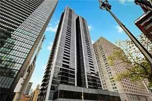 Bright 2+1 Corner Suite W/Unobstructed City Views At Ted Rogers