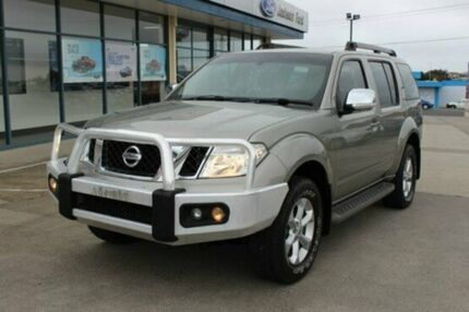 2011 Nissan Pathfinder  Silver Manual Wagon Devonport Devonport Area Preview