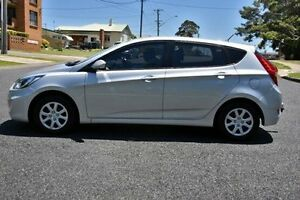 2014 Hyundai Accent RB2 ACTIVE HATCHBACK 5DR SA 4S Silver SEMI AU Port Macquarie Port Macquarie City Preview