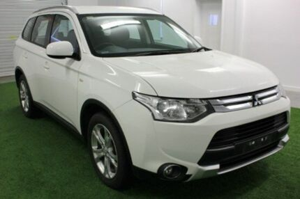 2014 Mitsubishi Outlander ZJ MY14.5 ES 4WD White 6 Speed Constant Variable Wagon Glebe Hobart City Preview
