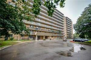 Very Desirable Location, Clear View South Facing Unit With Walk