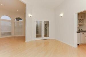Exquisite Estate Home on 12500 Sqr. Ft. Pie Lot Edmonton Edmonton Area image 5