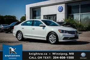 2016 Volkswagen Passat w/ App Connect 0.99% Financing Available
