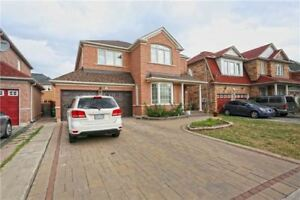 4+1 Bedrooms Detached House for sale (Airport Rd & Sandalwood)