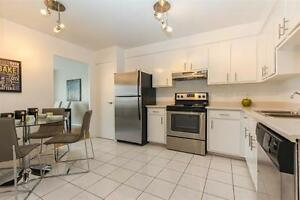 Pointe Claire By The Water-Bright-Renovated 4 ½ -Dazzling Views