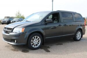 2012 Dodge Grand Caravan R/T Accident Free,  Navigation (GPS),