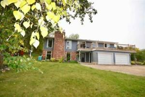 3bd 2ba/1hba Home for Sale in Rural Strathcona County