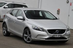 2016 Volvo V40 M MY16 T4 Luxury Bright Silver 6 Speed Automatic Hatchback Dee Why Manly Area Preview