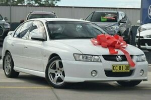 2005 Holden Commodore VZ SV6 White 5 Speed Sports Automatic Sedan Pennant Hills Hornsby Area Preview