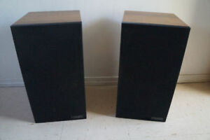 MISSION-700-2 speakers. 2x100W Made in England. Rare model.