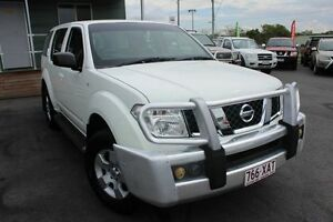 2007 Nissan Pathfinder R51 MY07 ST White 6 Speed Manual Wagon Wakerley Brisbane South East Preview
